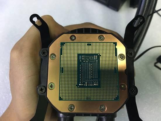 Id Cooling Chromaflow 240 Rgb (20)