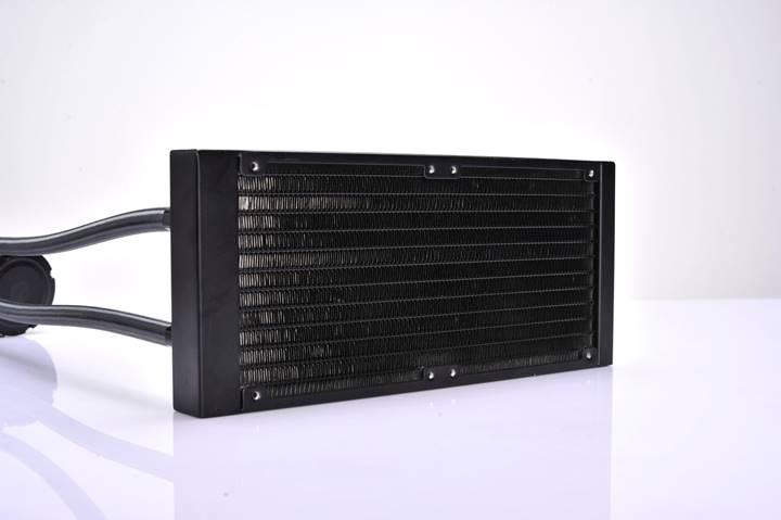 Id Cooling Chromaflow 240 Rgb (9)