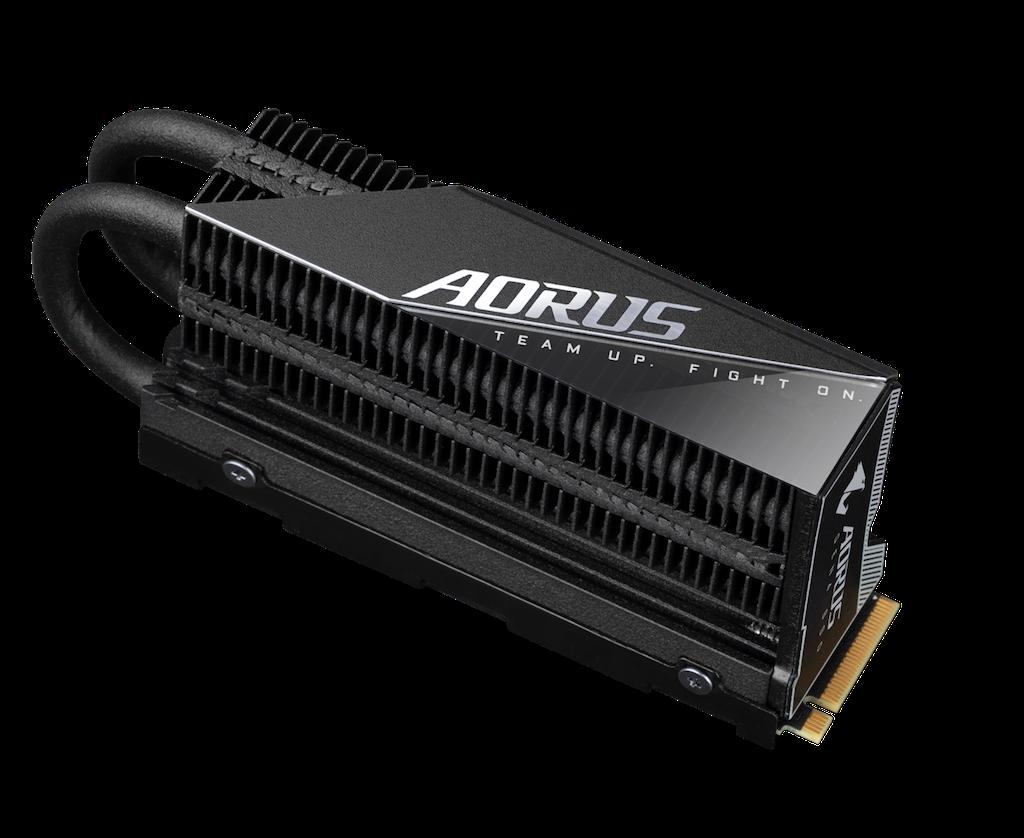 Ra mắt GIGABYTE AORUS Gen4 7000s – SSD PCIe 4.0 NVMe