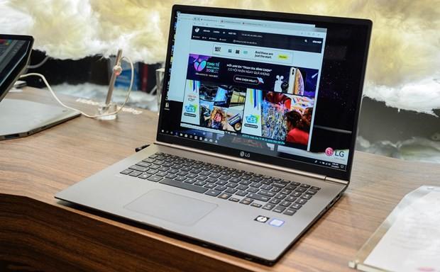 """Laptop Và Linh Kiện Máy Tính Vào """"Bão Giá"""" Vì Thiếu Hụt Nguồn Cung"""