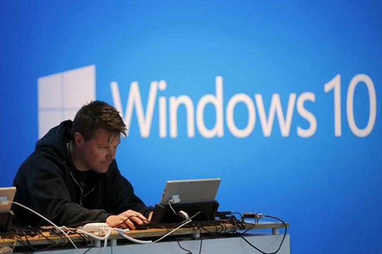 Windows 10X Trì Hoãn Vô Thời Hạn