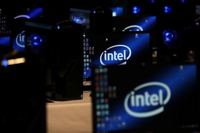 Intel Đang Sản Xuất Nhiều Tấm Wafer 10 Nm Hơn 14 Nm
